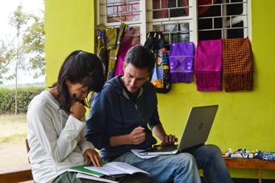 Prise de note et suivi d'un projet de volontariat en micro-finance