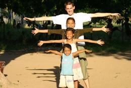 Missions de volontariat et stages au Cambodge : Missions humanitaires