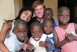 Missions de volontariat et stages au Togo : Missions humanitaires