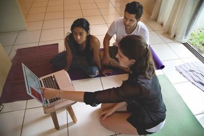 Volontaires travaillant sur un projet au Costa Rica