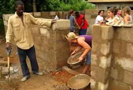 Chantier de Construction en Afrique : Ghana
