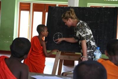 Activités socio-éducatives pour enfants au Sri Lanka