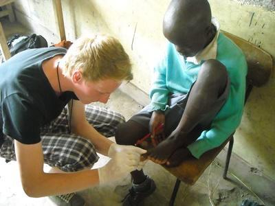 Mission en médecine au Kenya