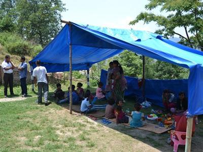 Ecole temporaire installée par Projects Abroad au Népal.