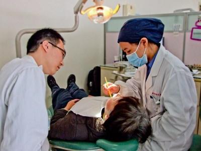 Bénévolat en dentisterie en Asie