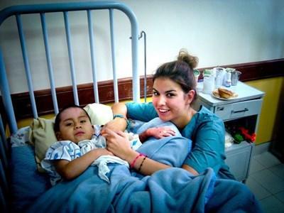 Infirmière humanitaire en stage en Bolivie