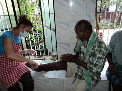 Etudiants en projet soins infirmiers en Inde