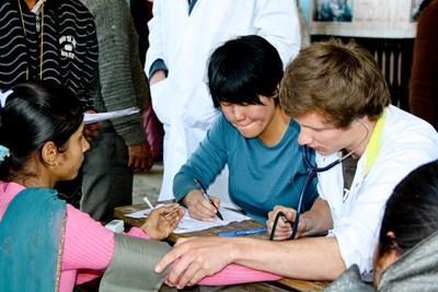 Mission humanitaire en soins infirmiers au Népal