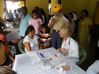 Stage médecine soisn infirmiers au Sri Lanka