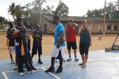 Entraîneur de basketball : Ghana