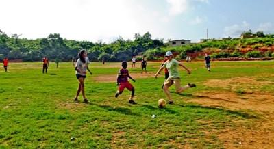 Teaching children Sports in Ghana with Projects Abroad