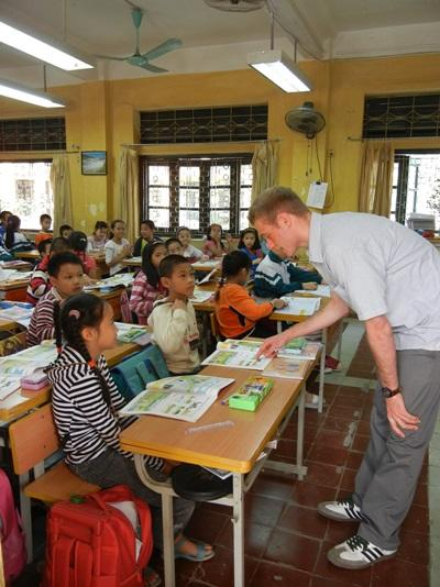 Action humanitaire enseignement au Vietnam