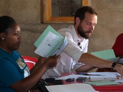 Aide aux femmes par le microcredit