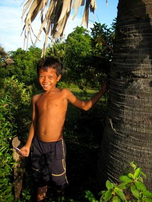 Cambodia, Projects Abroad in Cambodia - Kid in Cambodia